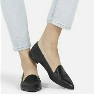 Everlane Modern Point Loafers in Black Leather